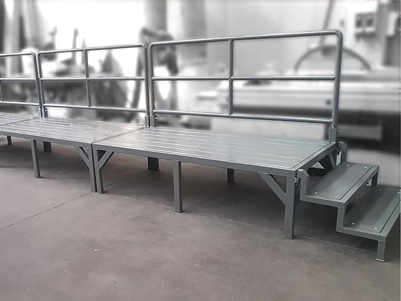 Piattaforma rialzata per linea di produzione